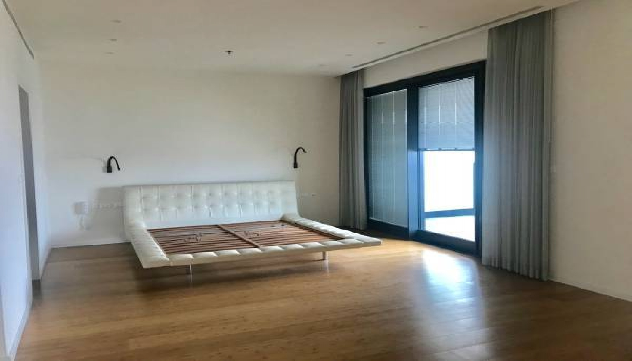 TEL AVIV, 3 Bedrooms Bedrooms, 4 Rooms Rooms,2.5 BathroomsBathrooms,Apartment,SALE TEL AVIV,1013