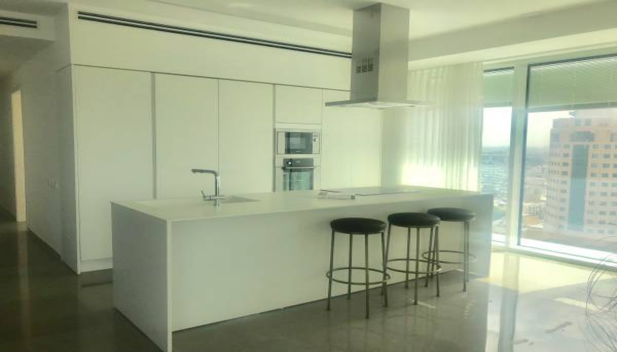 TEL AVIV, 3 Bedrooms Bedrooms, 4 Rooms Rooms,2 BathroomsBathrooms,Apartment,LOC TELAVIV,1048