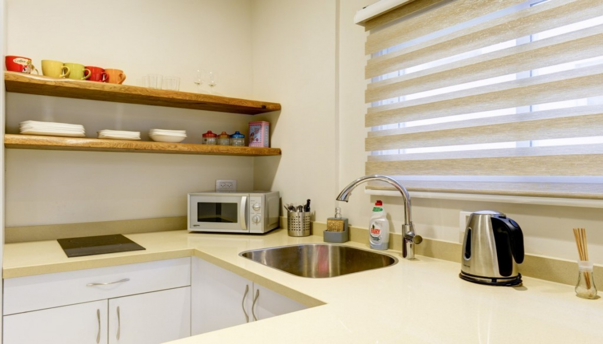 TEL AVIV, 1 Bedroom Bedrooms, 2 Rooms Rooms,1 BathroomBathrooms,Apartment,LOC TELAVIV,1,1057